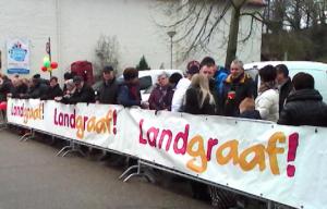 publikum einzelgaengeroptocht landgraaf 300x192 - Carnaval - Karneval - eine Narrenwelt