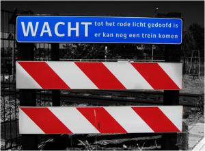 Beschilderung: Bahnübergang