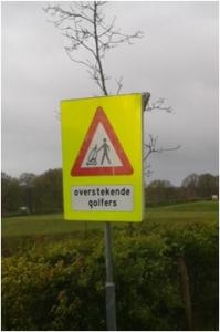 Verkehrsschild: Golfspieler