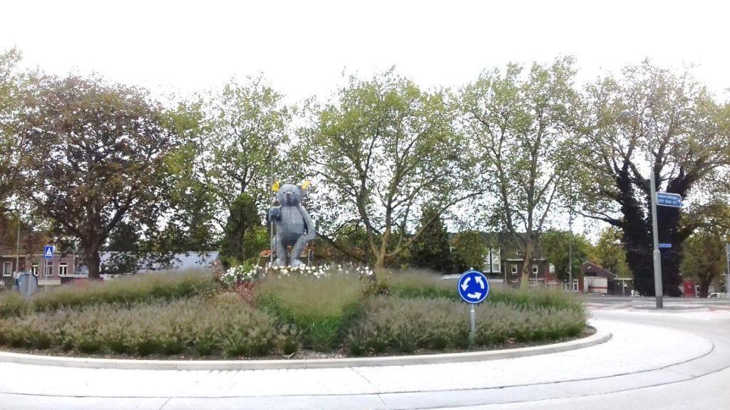 rotonde roermond baer 1024x576 - Zu Besuch bei Limburgs Rotonde-Bewohnern